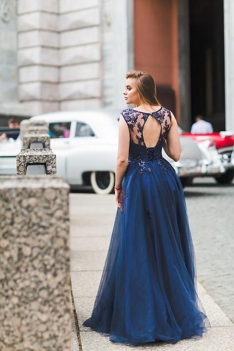 fiile robe bleu roi